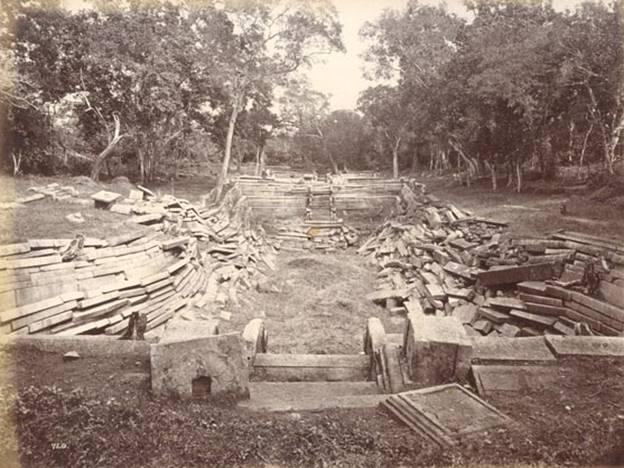 """Kuttan Pokuna"" – Twins Bath – Anuradhapuraya"