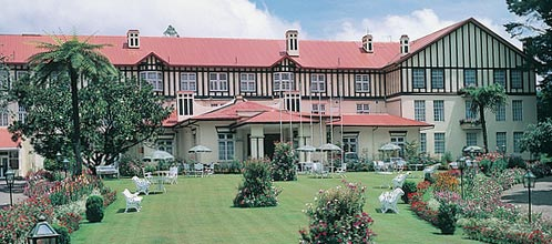 A grand holiday awaits you in nuwara eliya - Grand hotel sri lanka ...