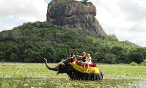Sri Lanka_Lion_Rock_Sigiriya
